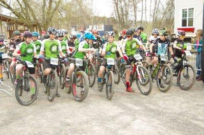 Quelques jeunes Dalbix à la régionale de Bromont le 29 avril